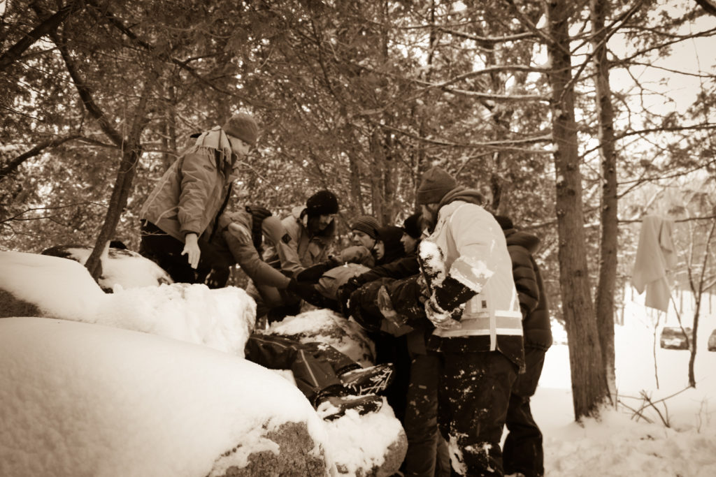 Wilderness First Responder - Lifting, Moving, and Extrication - Wakefield, QC